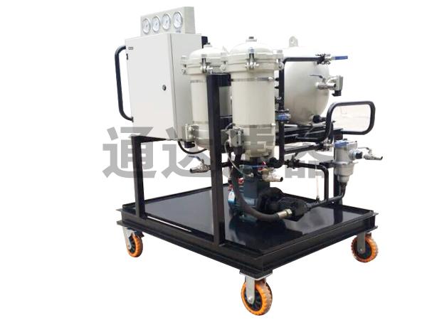 <b>LYC-50J系列聚结脱水滤油机</b>