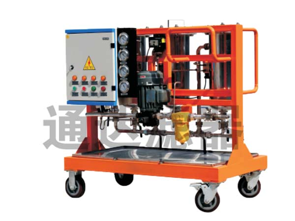 <b>LYC-100G系列深层过滤高固含量油滤油机</b>
